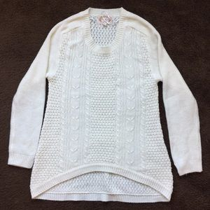 Sweaters - Cream colored kitted sweater